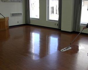 ハウスクリーニング ベアー 床清掃